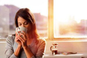 Vì sao uống nước lọc buổi sáng lại tốt cho sức khỏe?